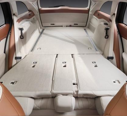 04-Mercedes-Benz-Vehicles-E-Class-Estate-660x602
