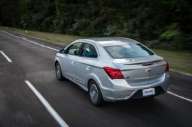GM-Brazil-2017-Chevrolet-Prisma-001
