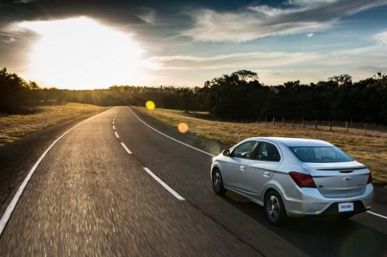 GM-Brazil-2017-Chevrolet-Prisma-005