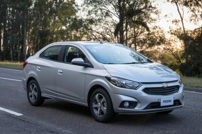 GM-Brazil-2017-Chevrolet-Prisma-008