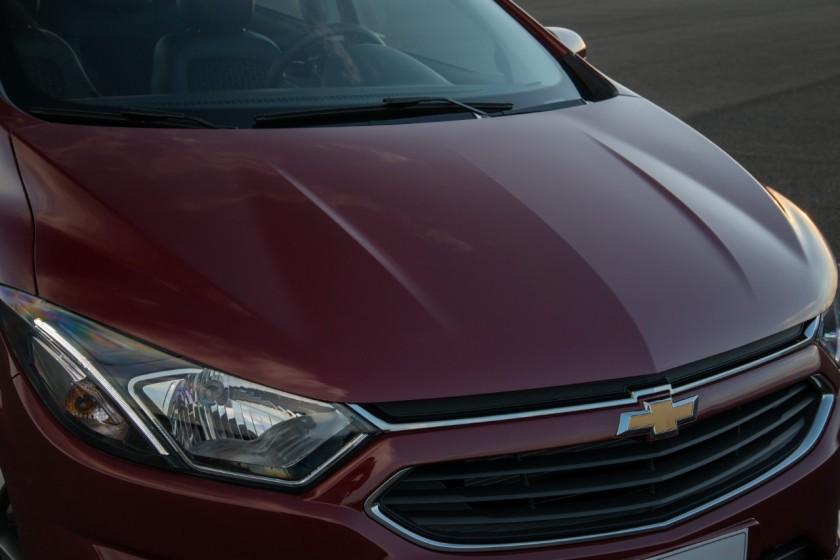 GM-Brazil-2017-Chevrolet-Prisma-010
