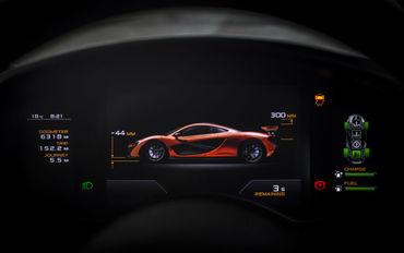 McLaren P1 Bahrain-1696_MK edit
