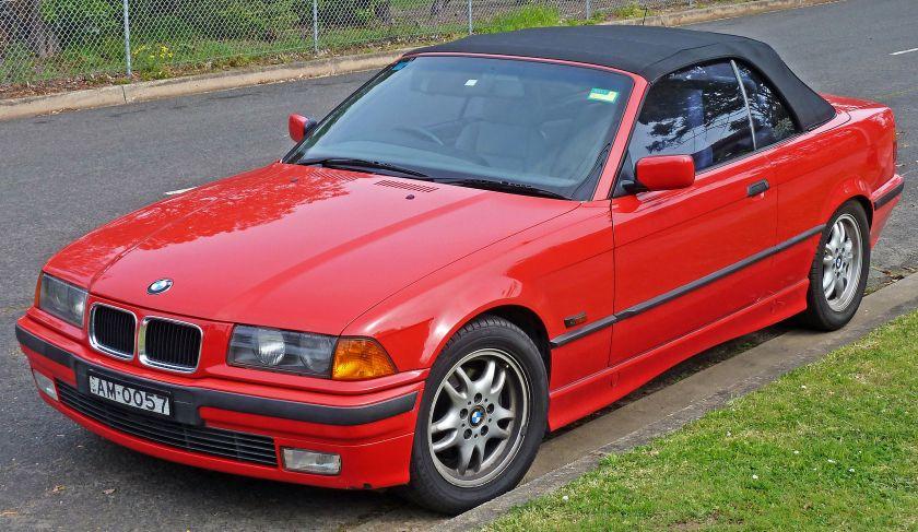 1995-1996_BMW_328i_(E36)_convertible_01