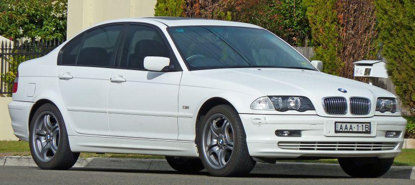 2001_BMW_318i_(E46)_sedan_(2010-07-08)