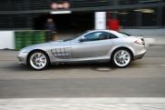 Mercedes_SLR_C199_2007_amk