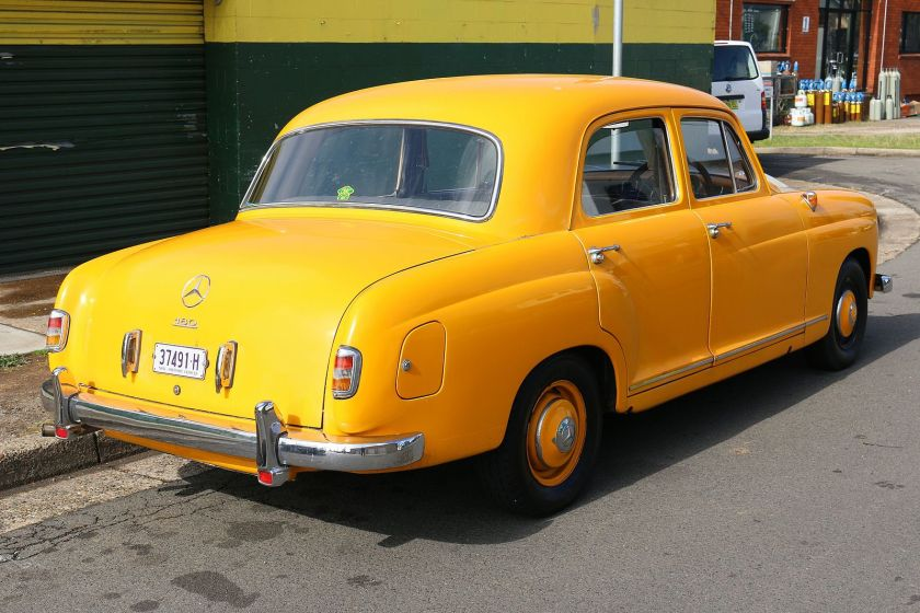 1953_mercedes-benz_180_w_120_sedan_29009931566