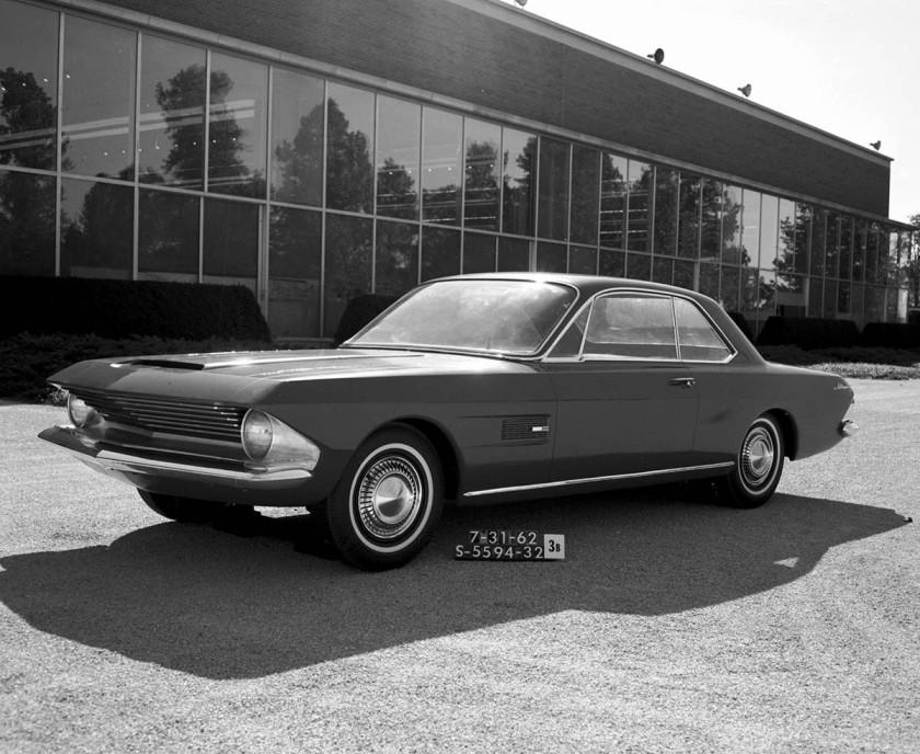 2-mustang-prototipo-gene-bordinat-1962