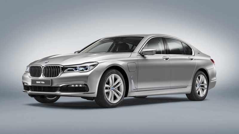 bmw-740e-iperformanc-22_800x0w