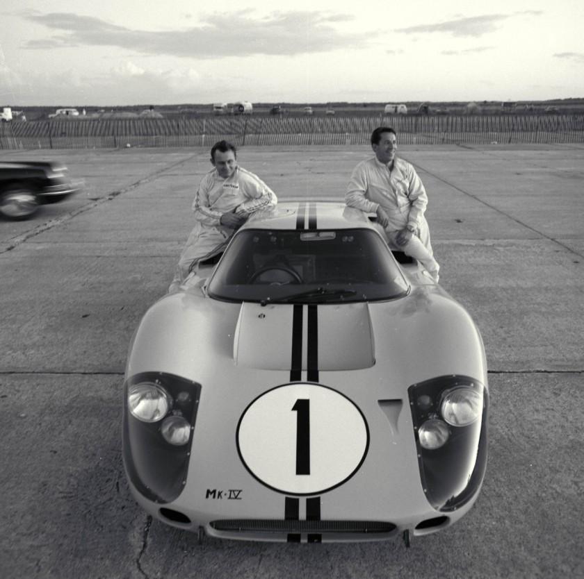 FordGT40-MarioAndretti_BruceMcLaren