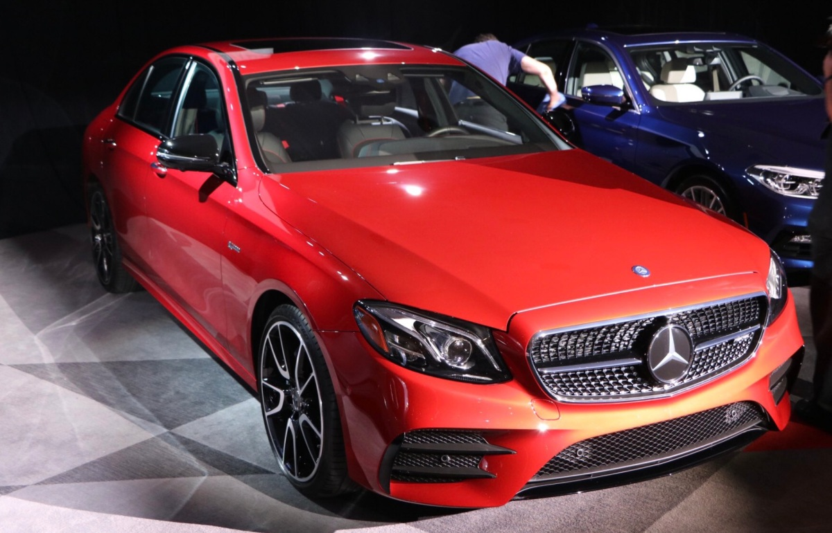 Salão de NY: World Luxury Car of the year 2017 – Mercedes Classe E