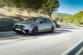 Mercedes-AMG E 63 S 4MATIC+, Außenaufnahme;Kraftstoffverbrauch kombiniert: 9,1 – 8,8l/100 km; CO2-Emissionen kombiniert: 207 - 199 g/km Mercedes-AMG E 63 S 4MATIC+, outdoor shot;Fuel consumption combined: 9,1 – 8,8 l/100 km; Combined CO2 emissions: 207 - 199 g/km