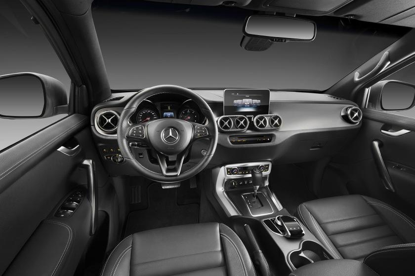 Mercedes-Benz X-Klasse – Interieur, Ausstattungslinie POWER //