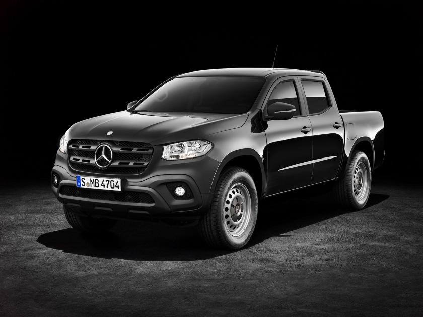 Mercedes-Benz X-Klasse – Exterieur, Kabaraschwarz metallic, Au