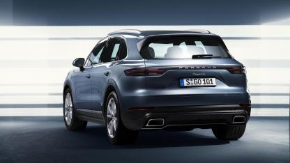 2018-porsche-cayenne-leaked-official-image-6