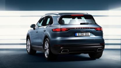 2018-porsche-cayenne-leaked-official-image-7