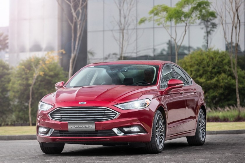 FordFusion2017-5