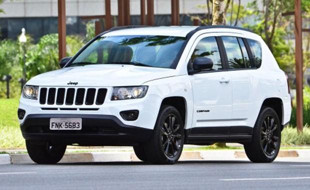 RECALL: Jeep convoca proprietários do Compass para troca do modulo de controle do airbag e pré-tencionador dos cintosdianteiros