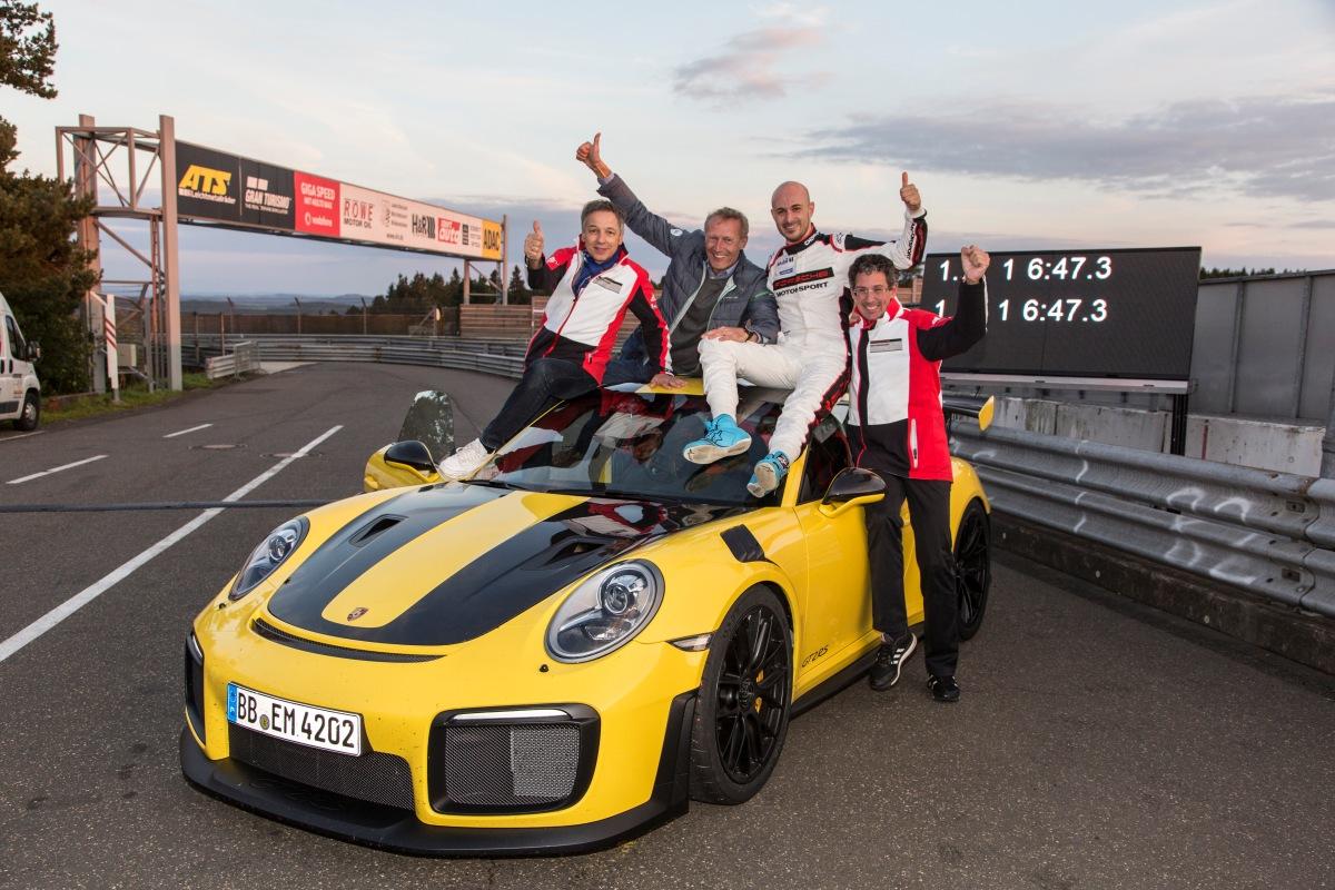 GT2 RS é o Porsche 911 mais veloz de todos os tempos, com 6 minutos e 47,3 segundos emNürburgring