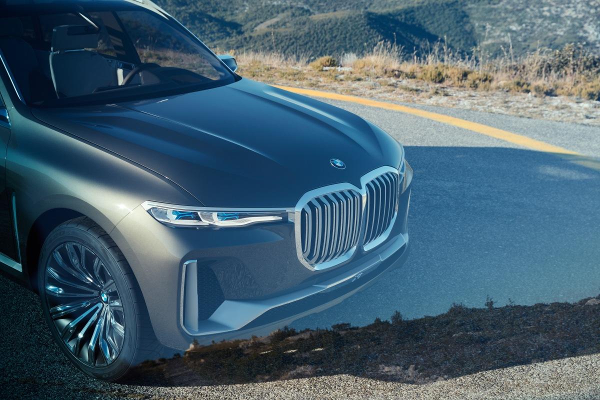 IAA 2017: BMW Concept X7iPerformance