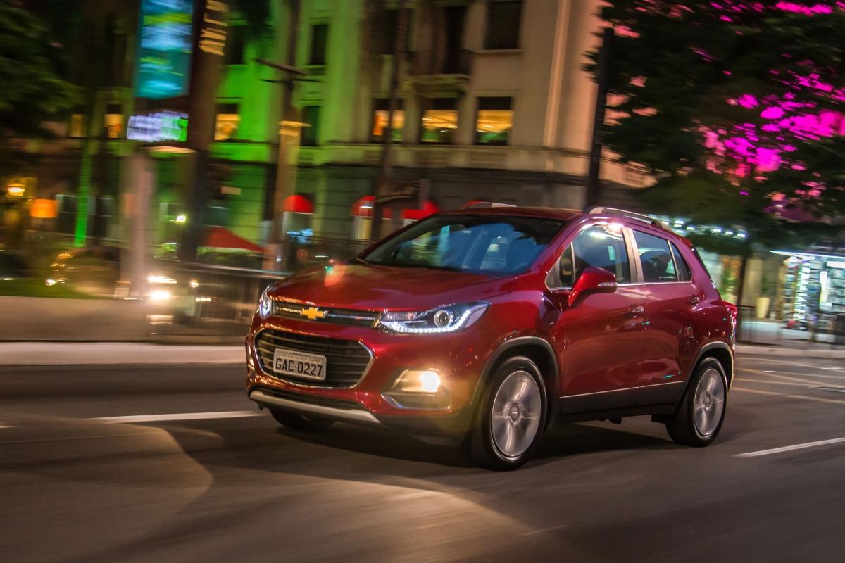 Chevrolet Tracker ganha versão Premier  com preço à partir de R$96.790