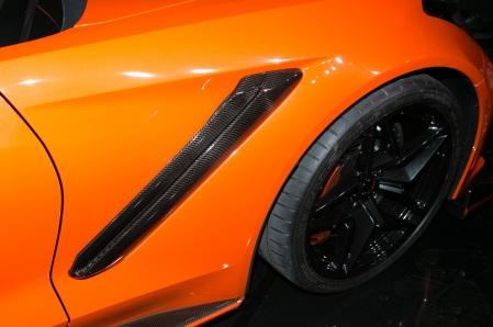 2019-Chevrolet-Corvette-ZR1-convertible-vent-and-wheel