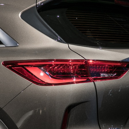 2019-Infiniti-QX50-rear-pillar-and-taillight