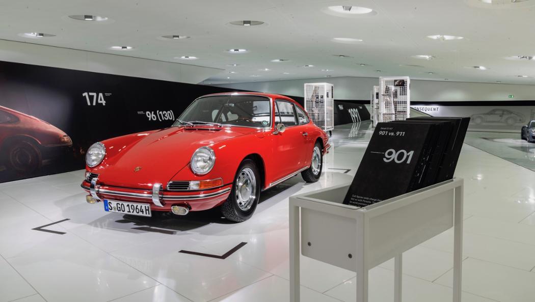 Porsche 901 1964: Rarissimo modelo de 1964 é restaurado e está no museu damarca