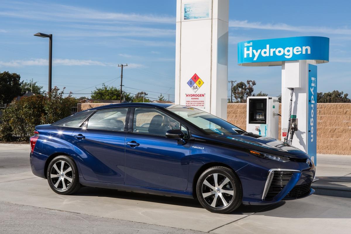 Toyota quer vender mais de 5,5 milhões de veículos eletrificados até2030