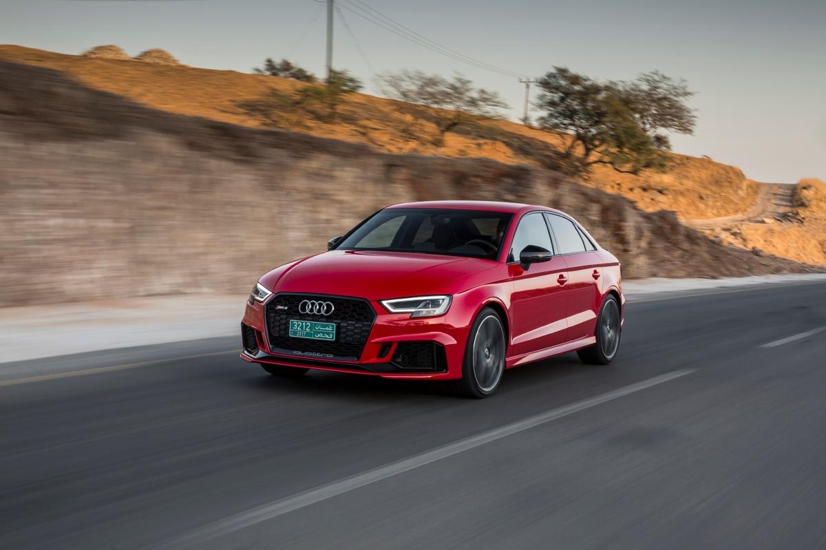 Novo Audi RS 3 começa a ser vendido no país nas versões Sportback e Sedan por R$329.900