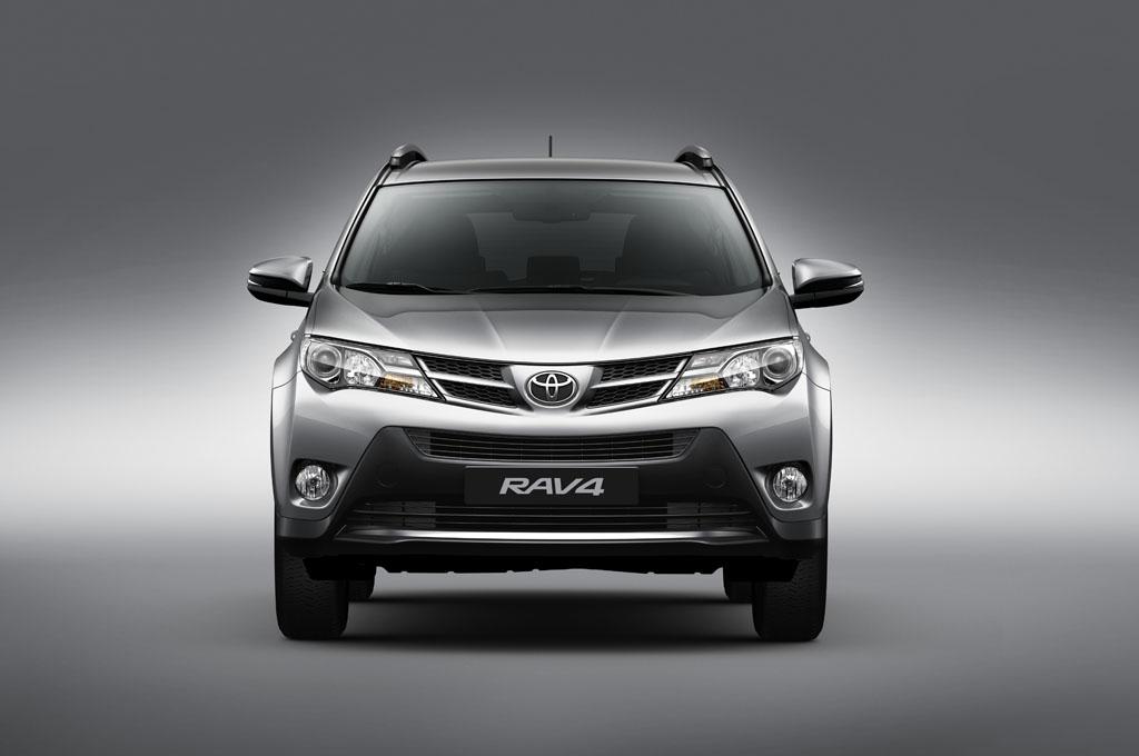 Toyota RAV 2018 ganha nova versão deentrada