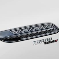 Mercedes-AMG GT 53 4MATIC+ 4-Türer Coupé, AMG Night-Paket, Exterieur: Detail, Außenfarbe: designo diamantweiß bright;Kraftstoffverbrauch kombiniert: 9,1 l/100 km; CO2-Emissionen kombiniert: 209 g/km* (vorläufige Daten) Mercedes-AMG GT 53 4MATIC+ 4-Door Coupé, AMG Night-packet, Exterior: Detail, Exterior paint: designo diamond white bright;Fuel consumption combined: 9.1 l/100 km; CO2 emissions combined: 209g/km* (provisional data)