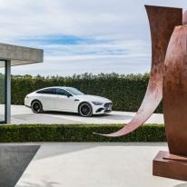 Mercedes-AMG GT 53 4MATIC+ 4-Türer Coupé, AMG Night-Paket, Exterieur: Außenfarbe: designo diamantweiß bright, Rad: AMG Schmiederad im Vielspeichen-Design;Kraftstoffverbrauch kombiniert: 9,1 l/100 km; CO2-Emissionen kombiniert: 209 g/km* (vorläufige Daten) Mercedes-AMG GT 53 4MATIC+ 4-Door Coupé, AMG Night-packet, Exterior: Exterior paint: designo diamond white bright, Wheel: AMG Performance wheels in several crossing design, colour variation black;Fuel consumption combined: 9.1 l/100 km; CO2 emissions combined: 209g/km* (provisional data)