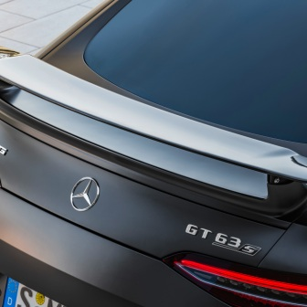 Mercedes-AMG GT 63 S 4MATIC+ 4-Türer Coupé, AMG Carbon-Paket, Exterieur: Heckspoiler, Außenfarbe: Graphitgrau magno;Kraftstoffverbrauch kombiniert: 11,2 l/100 km; CO2-Emissionen kombiniert: 256 g/km* (vorläufige Daten) Mercedes-AMG GT 63 S 4MATIC+ 4-Door Coupé, AMG Carbon-packet,Exterior: Rear Spoiler, Exterior paint: graphite grey magno, colour variation black;Fuel consumption combined: 11,2 l/100 km; CO2 emissions combined: 256 g/km* (provisional data)