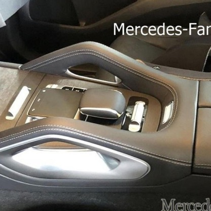2019-Mercedes-Benz-GLE-Interior-Leak-00010