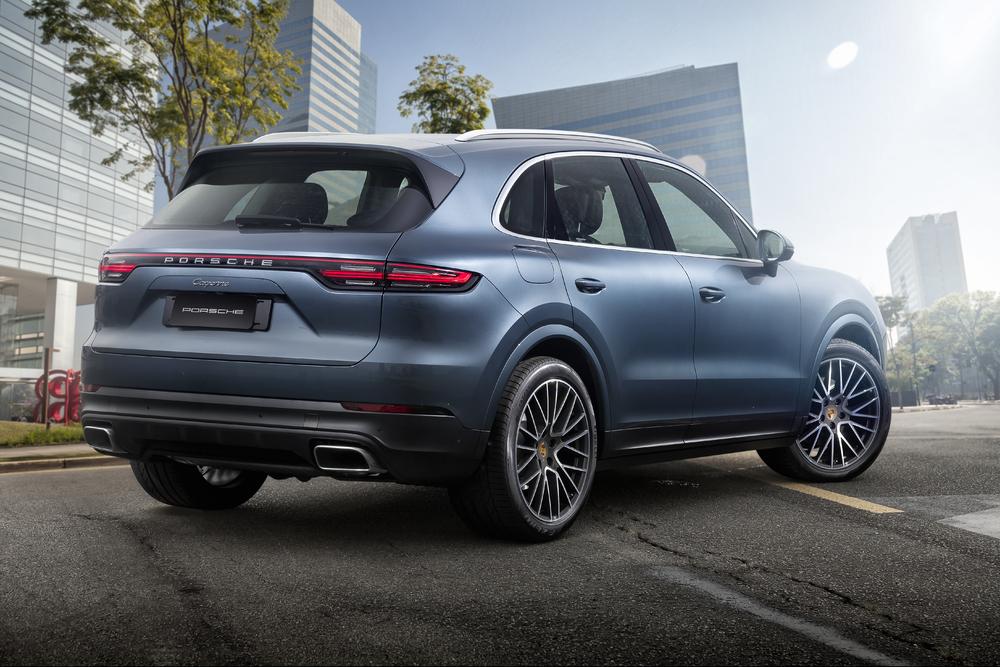 Nova geração do Porsche Cayenne chega ao Brasil à partir de R$423.000