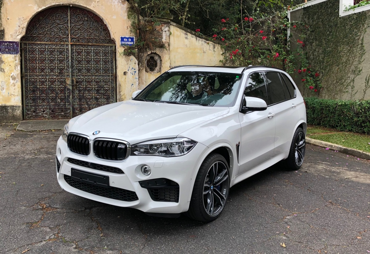 BMW X5 M 4.4 V8 (com vídeo)